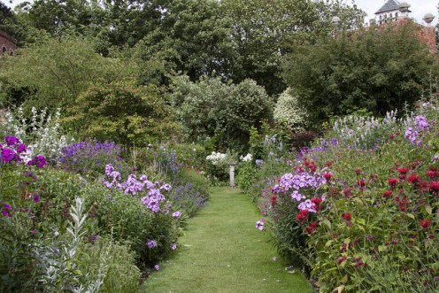 Cottage borders